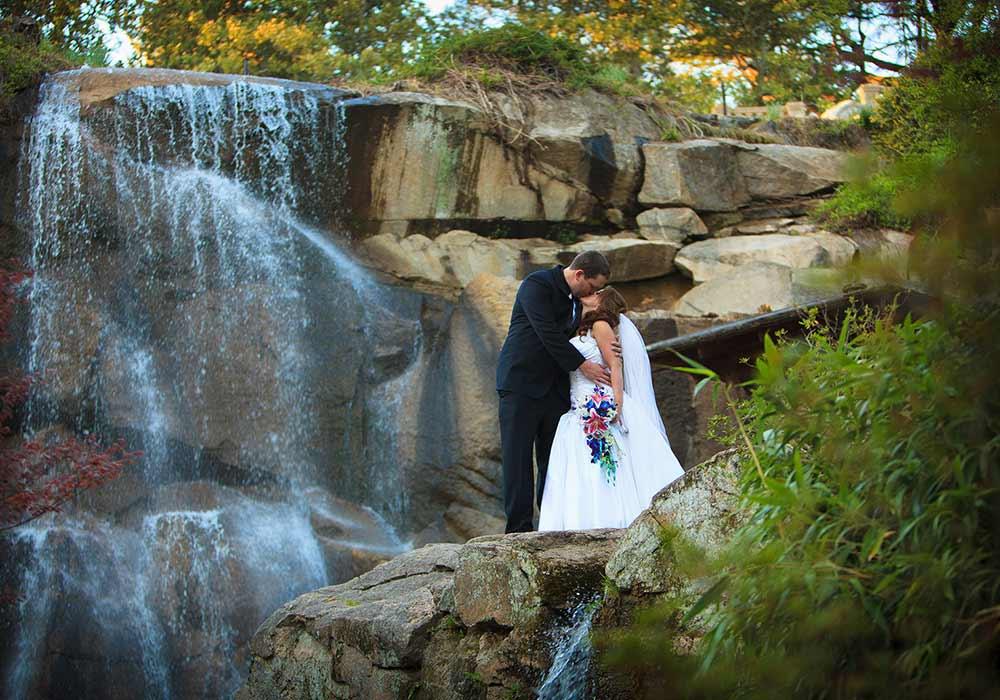 Button JG Waterfall Wedding