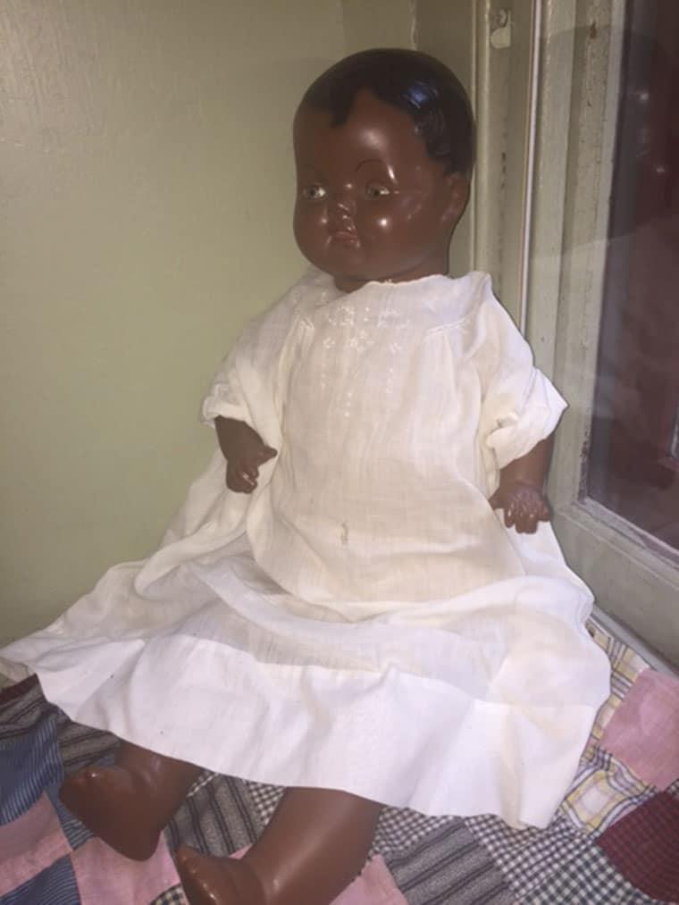 Button Gloria Doll